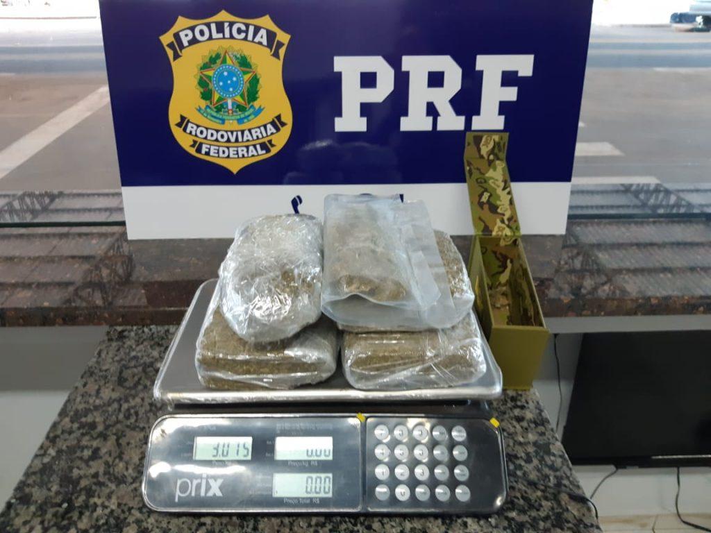 """Polícia aprende mais de 3 kg de maconha """"aditiva"""" em Rondônia"""